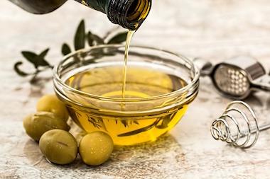 Kann Ich meinem Hund Olivenöl geben?